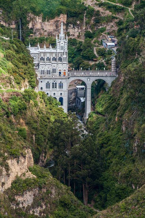 Las-Lajas-Sanctuary-1